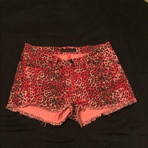 NWT🔥Rock&Republic sz8 LOLITA HAUTE CHEATAI Shorts